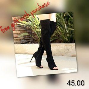 Shoes - Thigh hi boot